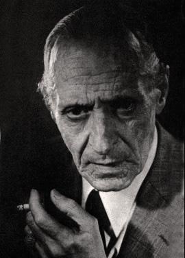 Julián Centeya, un poeta para Buenos Aires